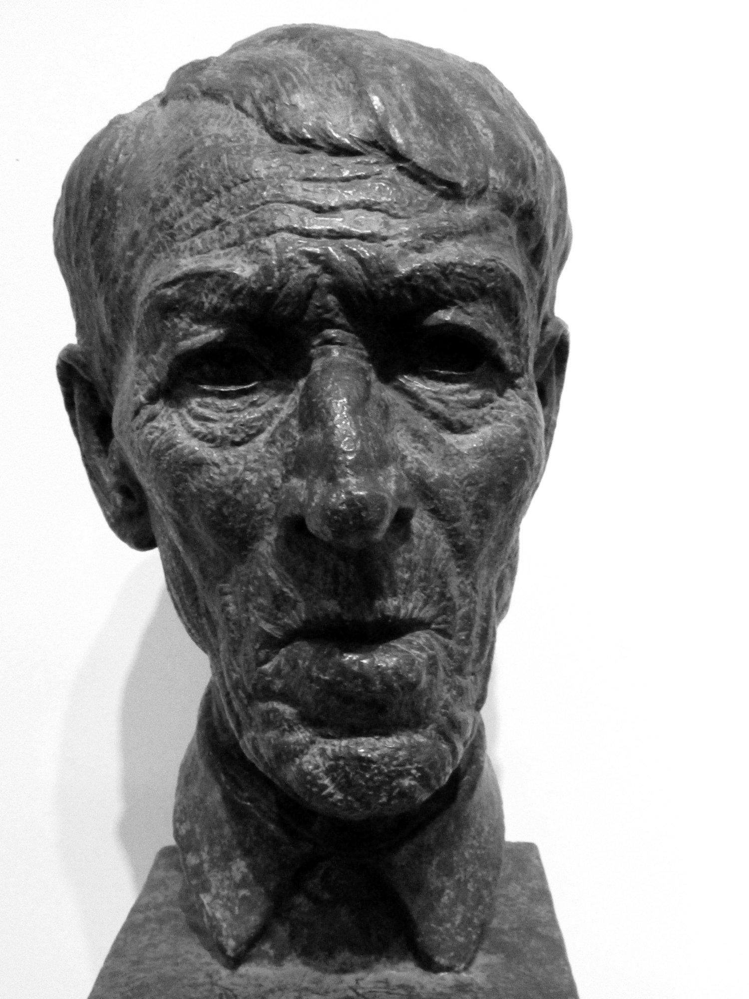 bust-bennington-museum-a